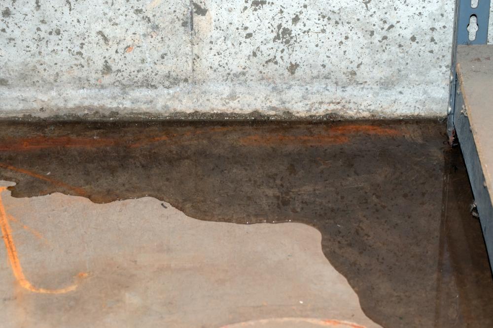 wet basement floor unfinished